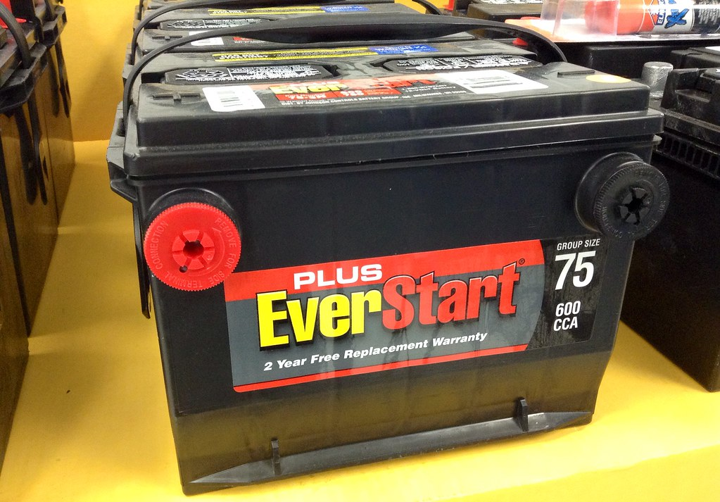 How Long Does A Car's Battery Last and What Are The Signs of it Decaying