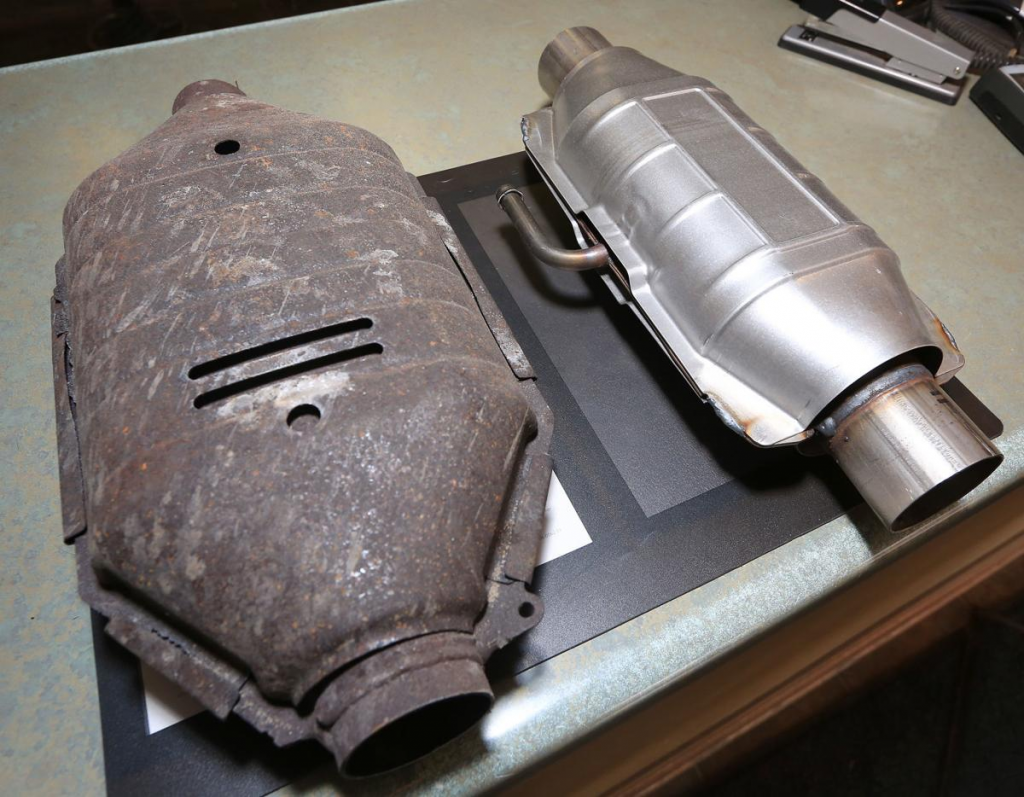 clogged catalytic converters, vehicles, one,